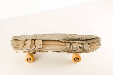 Photo Picture of a Vintage Style Concued Skateboard Background 版權商用圖片