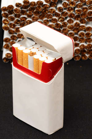 Close-up of Tobacco Cigarettes Background or texture 免版税图像