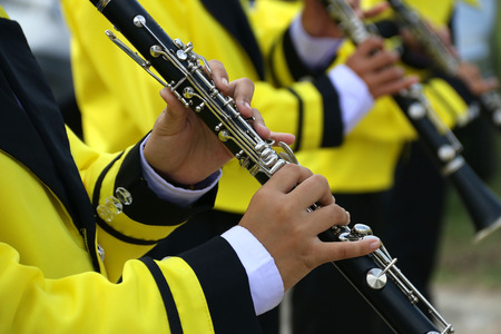 clarinet: Marchando banda tocando un primer clarinete