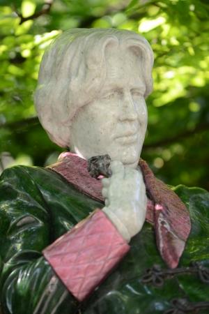 Statue of Oscar Wilde in Merrion Square, Dublin, Ireland Stock Photo
