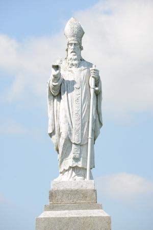patron saint of ireland: Saint Patrick statue at the hill of Tara in Ireland