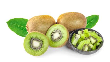 Whole kiwi fruit and his sliced segments isolated on white background Zdjęcie Seryjne