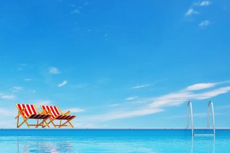 бассейн: Бассейн с шезлонгами Фото со стока