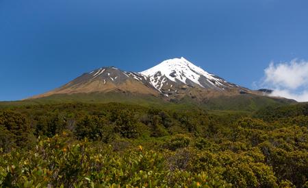 egmont: Lonely Mountain - Taranaki Mount Egmont