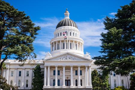 California State Capitol building, Sacramento, California; Imagens