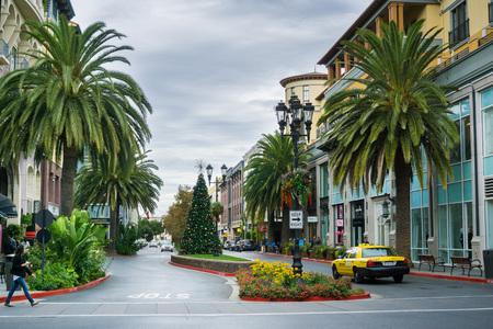 November 8, 2017 San JoseCAUSA - Street in the European style inspired shopping district Santana Row, San Francisco bay area, California