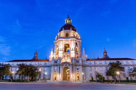 Night view of the beautiful facade of the historical City Hall building of Pasadena, Los Angeles county, California; the building was completed in 1927; 写真素材
