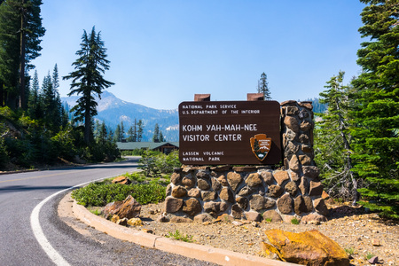 Posted sign for Kohm Yah-mah-nee Visitor Center in Lassen Volcanic National Park, Northern California 写真素材