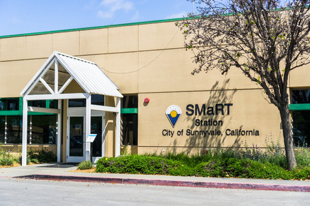 April 12, 2018 Sunnyvale  CA  USA -  Entrance to the SMaRT Station that provides recycling services to all residences and businesses in Sunnyvale, Mountain View and Palo Alto 新聞圖片