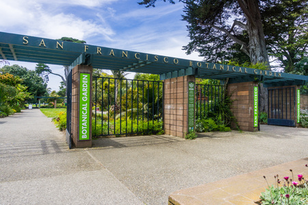 May 6, 2018 San Francisco  CA  USA - Entrance to the San Francisco Botanical Garden located in Golden Gate Park Editorial