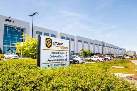 April 12, 2019 Newark  CA  USA - Amazon Fulfillment Center in East San Francisco bay area, Silicon Valley Redakční
