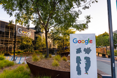 June 8, 2019 Mountain View  CA  USA - Googleplex map and office building at the campus in Silicon Valley; The Redakční