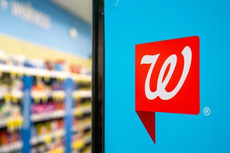 June 1, 2019 Sunnyvale  CA  USA - Walgreens logo inside one of the stores Redakční