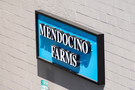 July 30, 2019 Palo Alto / CA / USA - Mendocino Farms sign displayed at their location in downtown Palo Alto, San Francisco bay area; One of its investors and backers is Whole Foods Banco de Imagens - 128078981