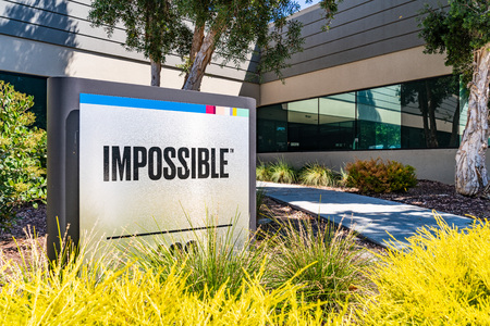August 1, 2019 Redwood City / CA / USA - Impossible Foods corporate headquarters in Silicon Valley; Impossible Foods Inc. is a company that develops plant-based substitutes for meat and dairy Editoriali