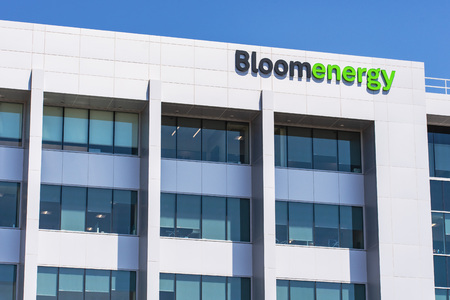 August 7, 2019 San Jose / CA / USA - Bloom Energy headquarters in Silicon Valley; Bloom Energy manufactures and markets solid oxide fuel cells that produce electricity on-site Standard-Bild - 128407201