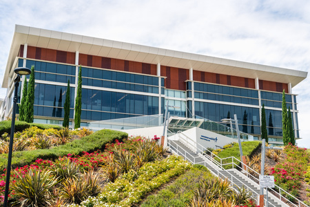 August 5, 2019 Palo Alto / CA / USA - Lockheed Martin Advanced Technology Center (ATC) located in Silicon Valley; it is the R&D center of Lockheed Martin Corporation Banco de Imagens - 128407229