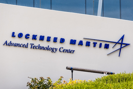 August 5, 2019 Palo Alto / CA / USA - Lockheed Martin Advanced Technology Center (ATC) sign in their campus located in Silicon Valley; it is the R&D center of Lockheed Martin Corporation Standard-Bild - 128407226