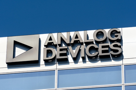 July 30, 2019 Santa Clara / CA / USA - Analog Devices logo at their offices in Silicon Valley; Analog Devices, Inc, also known as ADI or Analog, is an American multinational semiconductor company Banco de Imagens - 128407245