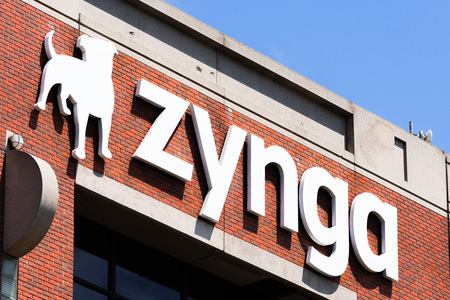 August 10, 2019 San Francisco / CA / USA - Zynga sign at their HQ in Silicon Valley; Zynga Inc. is an American social game developer, its main focus being mobile and social networking platforms Foto de archivo - 128407272