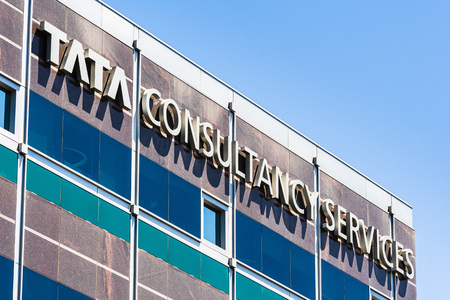 August 7, 2019 Santa Clara / CA / USA - Tata consultancy services ltd. office located in Silicon Valley; TCS is an Indian multinational IT service and consulting company part of the Tata Group Banco de Imagens - 128407288
