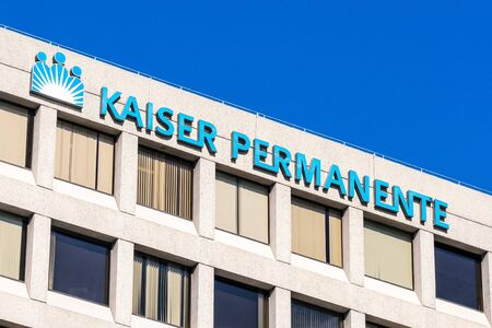 Oct 18, 2019 Oakland  CA  USA - Kaiser Permanente Medical Center in East San Francisco Bay Area; Kaiser Permanente is an American integrated managed care consortium, based in Oakland Redakční