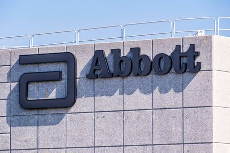 Oct 15, 2019 Santa Clara  CA  USA - Close up of Abbott Laboratories sign at their headquarters in Silicon Valley; Abbott Laboratories is an American medical devices and health care company Redakční