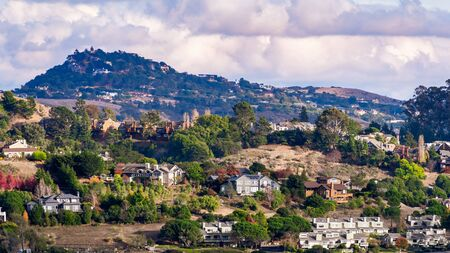Aerial view of residential neighborhood with scattered houses build on hill slopes, Mill Valley, North San Francisco Bay Area, California Zdjęcie Seryjne