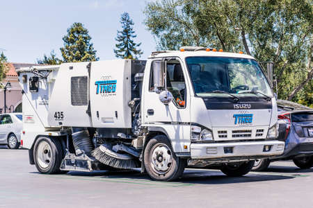 July 10, 2020 Santa Clara / CA / USA - Tymco branded street sweeping machine; Tymco, Inc. operates as a sweeping contractor 新闻类图片