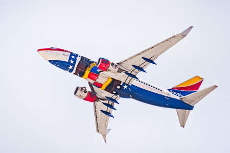 July 16, 2020 San Jose / CA / USA - Missouri One Southwest Airlines taking off from San Jose International Airport (SJC); the Missouri One is honoring and was modeled after the Missouri state flag 新闻类图片