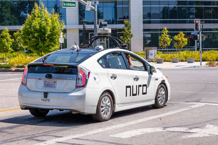 August 3, 2020 Mountain View / CA / USA - Nuro autonomous vehicle performing tests in Silicon Valley; Nuro is a robotics company founded by two ex Waymo (Google self driving car project) engineers Redakční