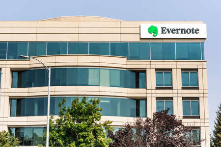 September 15, 2020 Redwood City / CA / USA - Evernote Corporation headquarters in Silicon Valley; Evernote is an app designed for note taking, organizing, task management, and archiving 報道画像