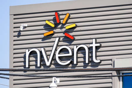 Sep 25, 2020 Redwood City / CA / USA - nVent logo at their headquarters in Silicon Valley; nVent Electric plc operates as an electrical contractor Banco de Imagens - 164518920