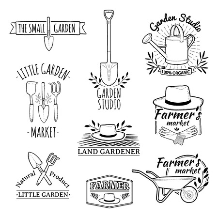 gardening tools: Set of vintage monochrome retro logos, badges, badges, labels. Shop garden, farm, organic garden. Vector.