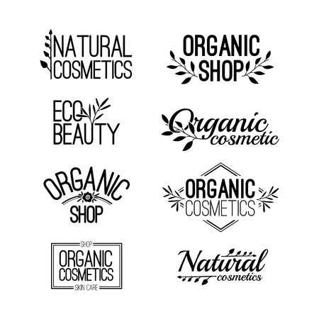 productos naturales: Conjunto de plantilla para los logotipos de diseño, sellos, pegatinas para cosméticos orgánicos y naturales. Elementos y el texto florales. De color negro. Vector Vectores