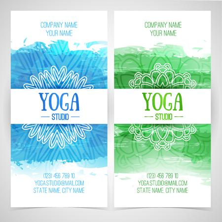 corporativo: Establecer folletos plantilla de diseño, tarjetas, invitaciones, folletos para un estudio de yoga con la textura de la acuarela y el mandala. Vector. Lugar para el texto.
