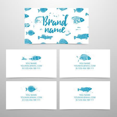 Set di biglietti da visita alla corporate identity. Biglietti da visita con l'arredamento di pesce. Modello di disegno con il modello del mare. carte personali con pesci diversi. Schede per pescheria, caffè, marca spiaggia Archivio Fotografico - 66691141