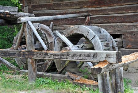 pirogovo: Vintage wooden water mill wheel, Pirogovo, Kiev, Ukraine