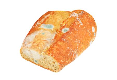 Gevormd brood, geïsoleerd op een witte achtergrond