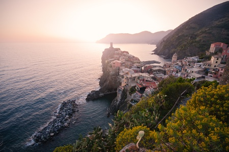 vernazza: Vernazza fishing village at sunset, Cinque Terre, Italy