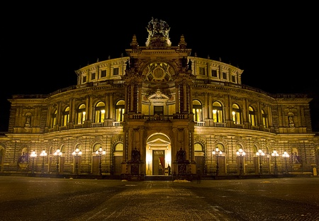night shot of the Semper Opera in Dresden, Germany