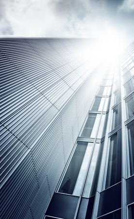 futuristic glass and steel skyscraper seen from below, Frankfurt am Main, Germany 版權商用圖片 - 31571888