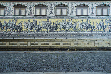 procession: Fuerstenzug (Procession of Princes) is a giant mural in the old town of Dresden, Germany Stock Photo