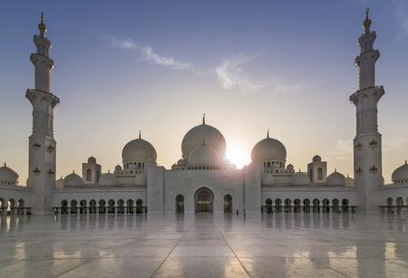 zayed: Sheikh Zayed Grand Mosque in the evening sun (Abu-Dhabi, UAE)