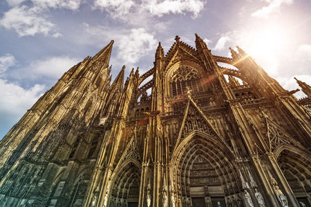 dom: Cologne Cathedral (K?lner Dom) in the morning sun, Cologne, Germany