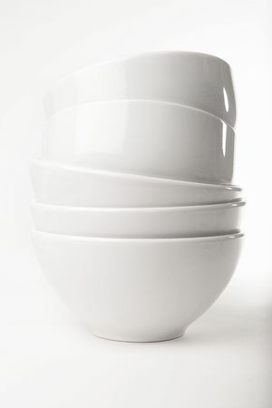 cooking ware: stacked white bowls