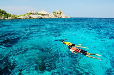 paar snorkelen in het zuiden van Thailand