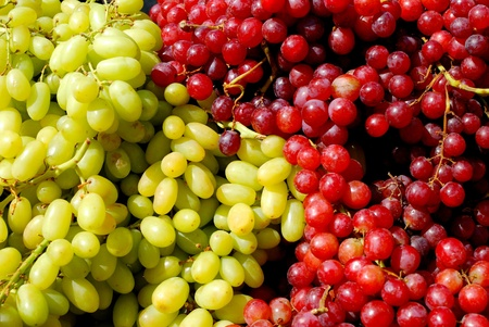 veining: green and red grapes fruits