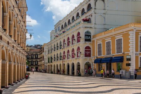 Senado Square Largo do Senado is a public square in Macau. It is located in the central area of the Macau Peninsula. Covering an area of 3,700 square meters 4,425 square yards, this is one of the four largest squares in Macau; the others being Praça do Centro Cultural, Praça do Lago Sai Van and Praça do Tap Seac. In 2005 it was inscribed on UNESCO`s World Heritage List.