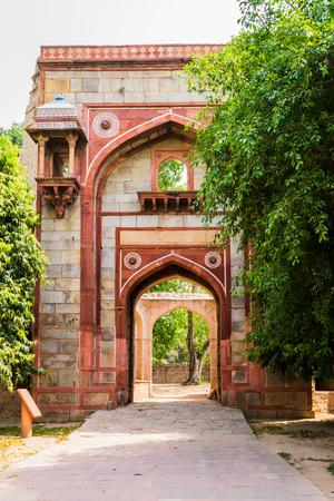 Bu Halima Gateway into Araba Sarai, south to pathway toward Humayuns Tomb. UNESCO World Heritage in Delhi, India. Asia. Редакционное